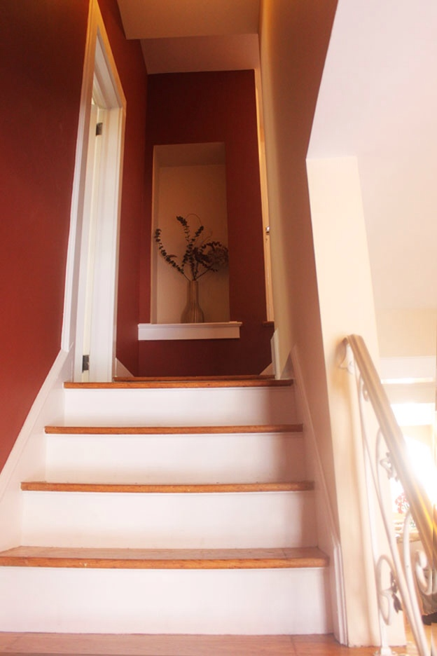 Adding Pizazz To An Entrance And Stairway Miriam Stern